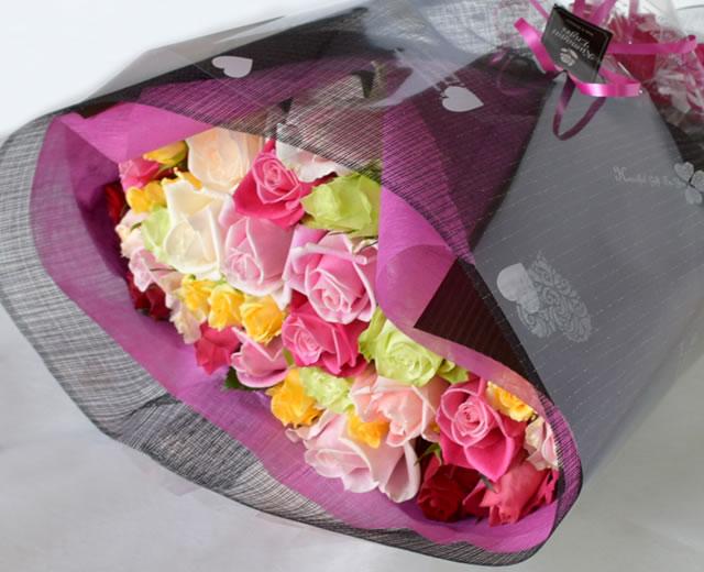 33本のバラ花束
